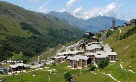 Kosher summer Program and Kosher summer hotel  2021 in Les Menuires, French Alps