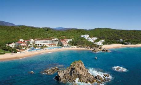 Pesach Program 2021 in Mexico  At Dreams Huatalco Resort & Spa  by Le Voyage Kosher Vacations