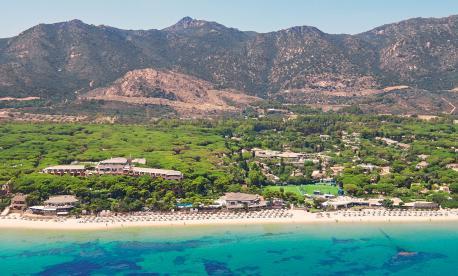 Glatt Kosher Pesach resort on the Island of Sardinia, Italy with Paris World Club