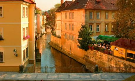 Pesach vacation 2020 in Prague-Leisure Time Tours