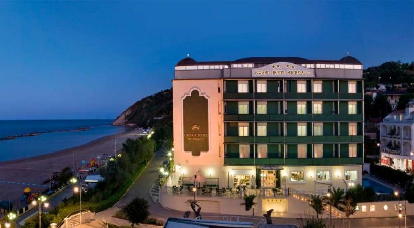 Glatt Kosher Hotel Summer Vacation in Gabicce Mare - Italy