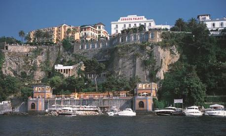 Chabad of Naples Shavuot 2021 Grand Hotel Europa Palace in the south of Italy - the gateway to the Amalfi coast in Sorrento