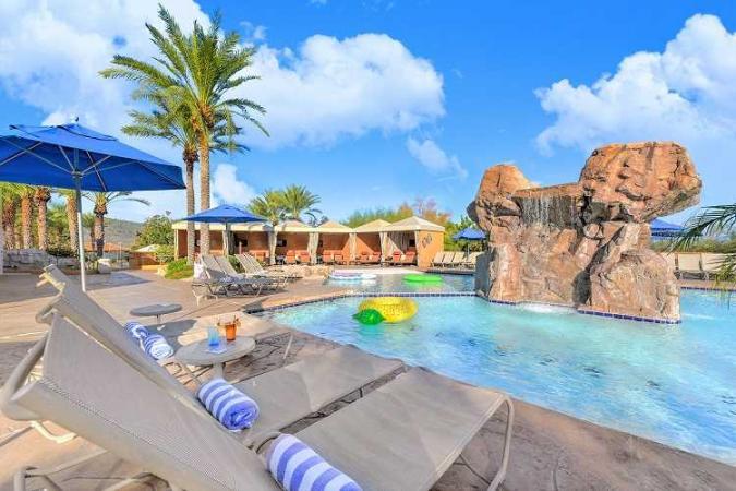 Passover Vacation 2022 at Pointe Hilton Tapatio Cliffs Resort Arizona with Kosherica