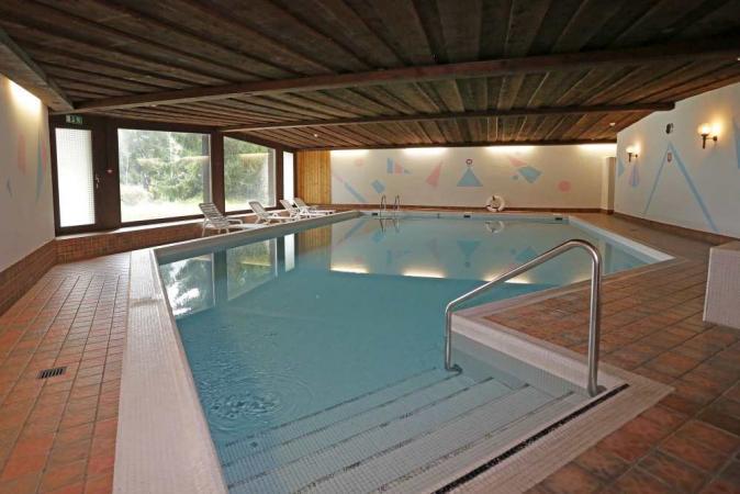 Glatt kosher Pesach hotel in Davos, Switzerland with the Levin Family